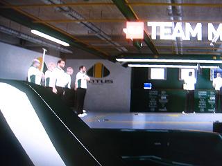 F12010f.jpg